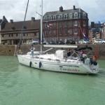 Crossborder uit Volendam in de haven van St Valery (1)